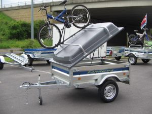camping trailer with ABS lid